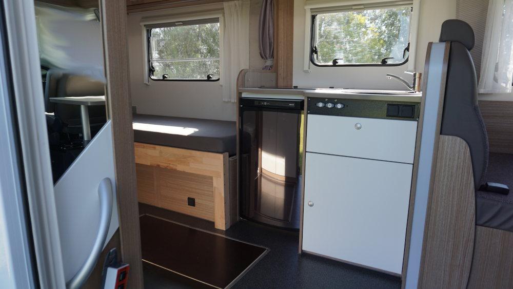 Sky-2-Innen-Küche